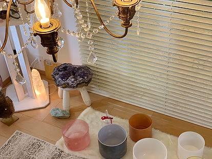 ~emmy's crystal salon~ CRYSTAL GRACE クリスタルボウルで引き出す私の本質